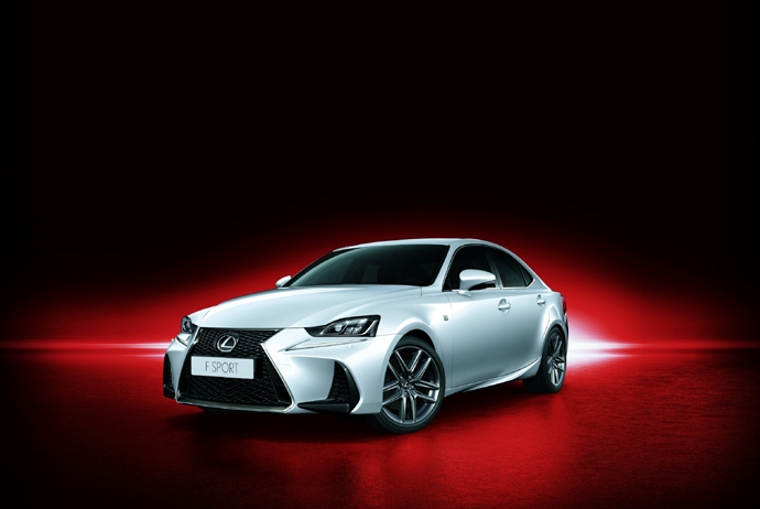 3695951891_FKyXRD16_Lexus_All_New_IS200t_F_Sport_1.jpg