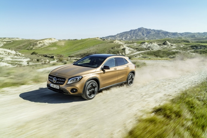 990539897_0DGlknTs_2017-Mercedes-GLA-37.jpg