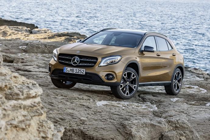990539897_0OtB7xco_2017-Mercedes-GLA-55.jpg