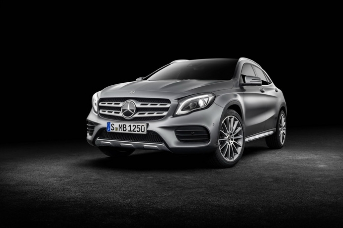 990539897_JpsDRHVv_2017-Mercedes-GLA-66.jpg
