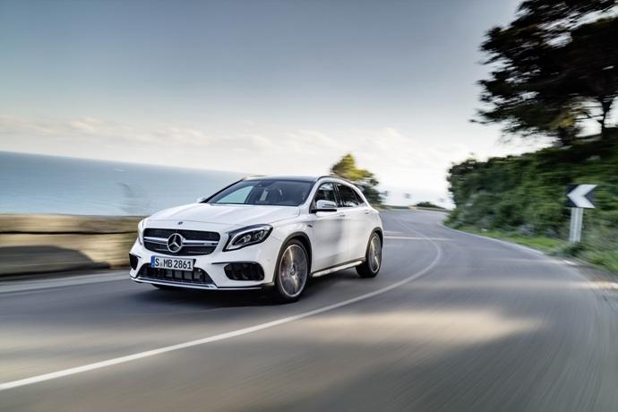 990539897_MG7SxdJD_2017-Mercedes-GLA-18.jpg