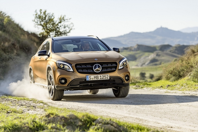 990539897_UkrA3tH8_2017-Mercedes-GLA-50.jpg