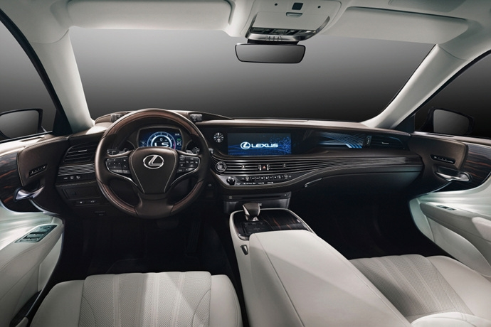 990539897_eGDExo3U_Lexus_LS_Interior_1.jpg