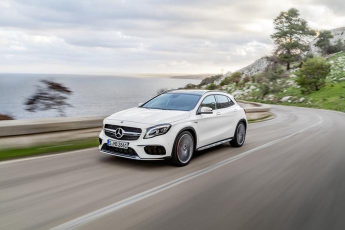 990539897_rjnXxhBS_2017-Mercedes-GLA-19.jpg