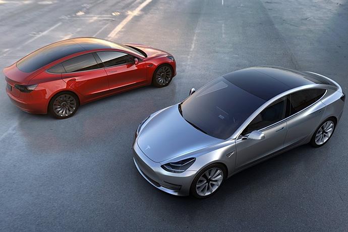2944185765_5S21dmCo_Tesla-Model_3-2018-1280-11.jpg