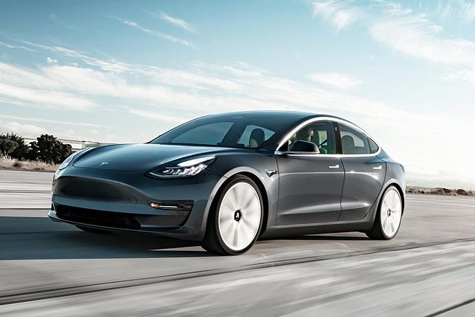 2944185765_Cyi3fxVg_Tesla-Model_3-2018-1280-05.jpg