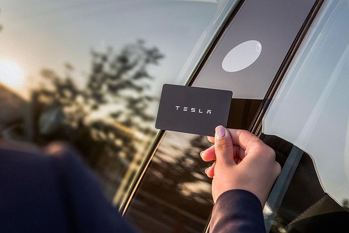 2944185765_MgkZRdHS_Tesla-Model_3-2018-1280-1d.jpg