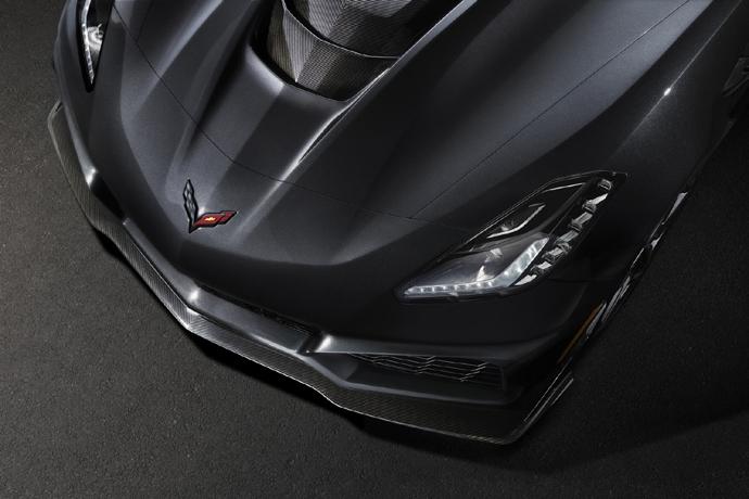 3076635824_8ZLKr0dw_2019-Chevrolet-Corvette-ZR1-006.jpg