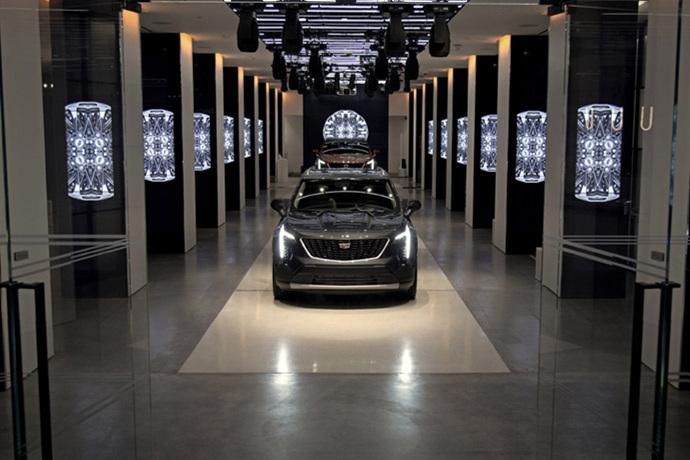 3076635824_xASt6WD1_2019-Cadillac-XT4-013.jpg