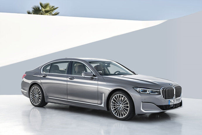 3546846438_3fdNJ2pM_P90333084_highRes_the-new-bmw-7-series.jpg