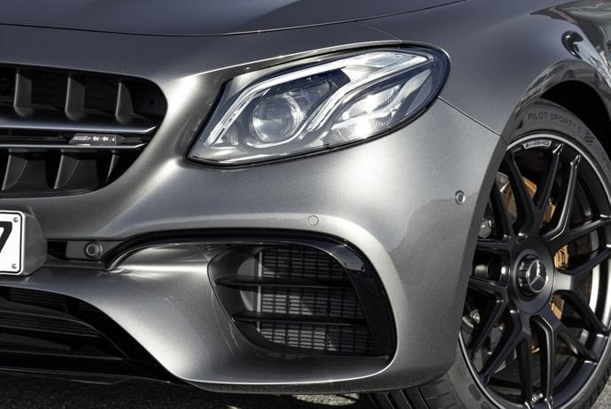 3698692158_0AsHdjDP_2018-Mercedes-E63-AMG-S-2.jpg