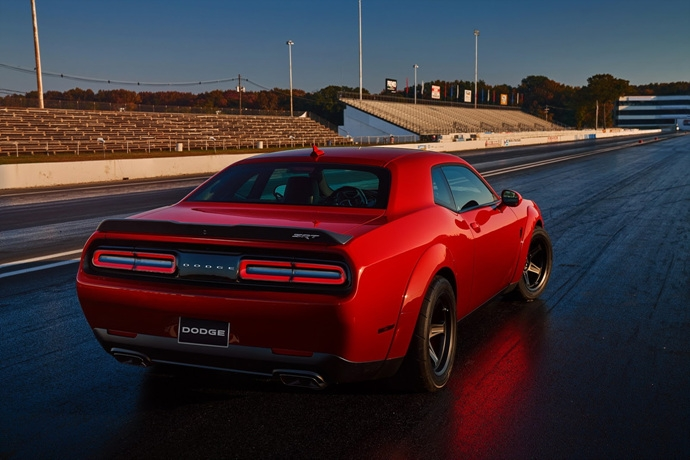 3698692158_14O8Wjl6_2018-Dodge-Challenger-Demon-29.jpg