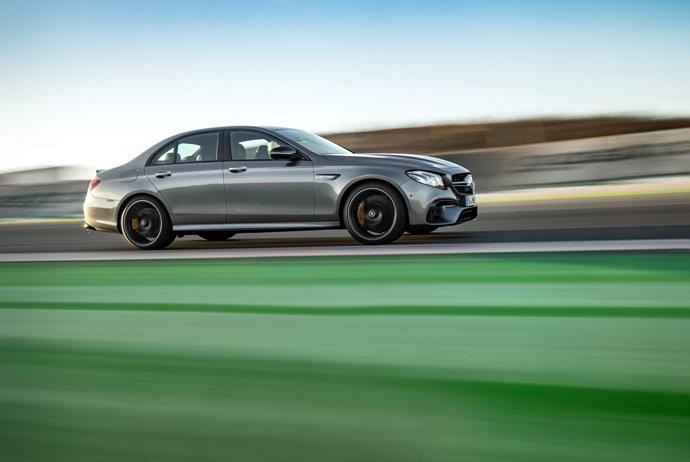 3698692158_1fevZpCU_2018-Mercedes-E63-AMG-S-15.jpg