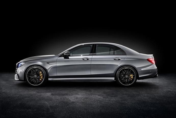 3698692158_3T9DtCba_2018-Mercedes-E63-AMG-S-20.jpg