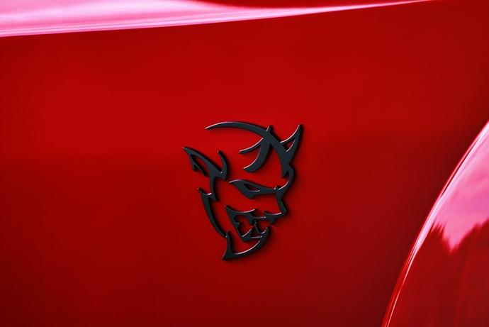 3698692158_7Mpi3Jqb_2018-Dodge-Challenger-Demon-49.jpg