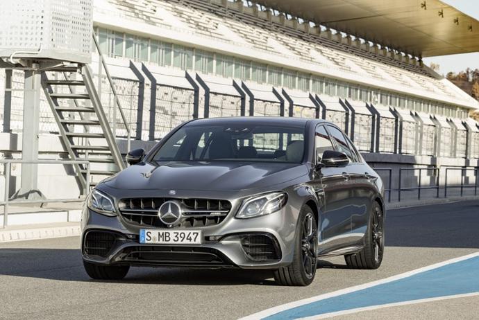 3698692158_CGAr2tSB_2018-Mercedes-E63-AMG-S-34.jpg