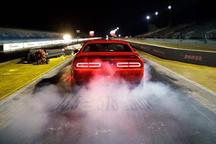 3698692158_Dly73r9q_2018-Dodge-Challenger-Demon-114.jpg