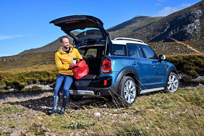 3698692158_EAN6dztJ_2017-MINI-Countryman-169.jpg