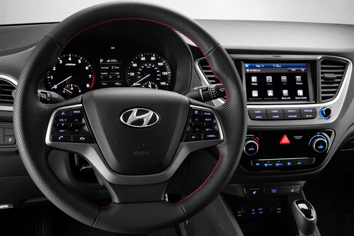 3698692158_LtjsY0QH_2018-hyundai-accent-interior-dashboard-combo1062-1.jpg