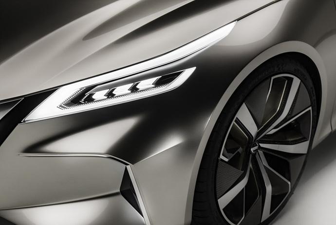 3698692158_MqrK34CP_Nissan-Vmotion2-Concept-34.jpg