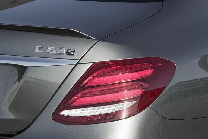 3698692158_QFz30bcZ_2018-Mercedes-E63-AMG-S-43.jpg