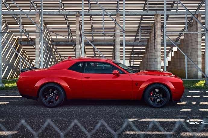 3698692158_YSV9qMKn_2018-Dodge-Challenger-Demon-3.jpg