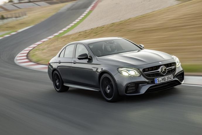 3698692158_bpRjOMhZ_2018-Mercedes-E63-AMG-S-29.jpg