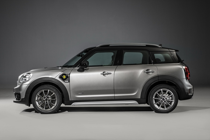 3698692158_eVcY34t5_2017-MINI-Countryman-181.jpg