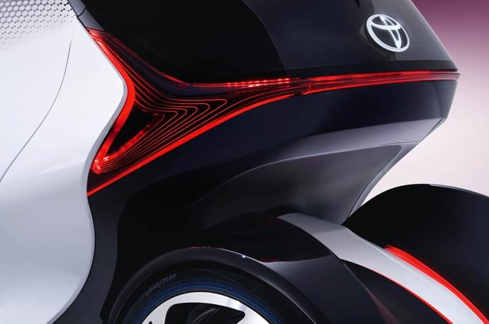 3698692158_i6DofRaw_2017_Toyota_Concept_i-Tril_ExteriorDet_07_copy.jpg