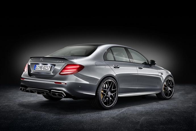 3698692158_jvEwLkU5_2018-Mercedes-E63-AMG-S-42.jpg