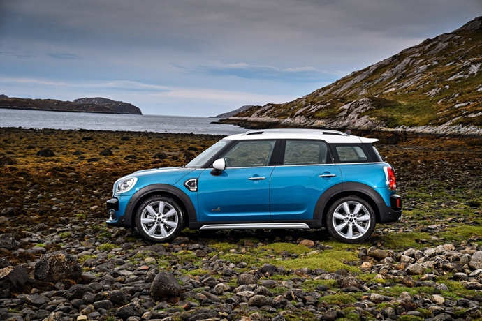 3698692158_kVnPuBcy_2017-MINI-Countryman-41.jpg