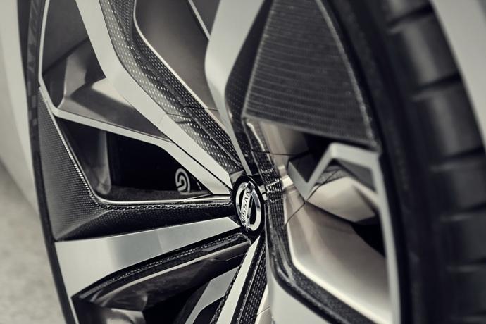 3698692158_mkv2xfE1_Nissan-Vmotion2-Concept-10.jpg