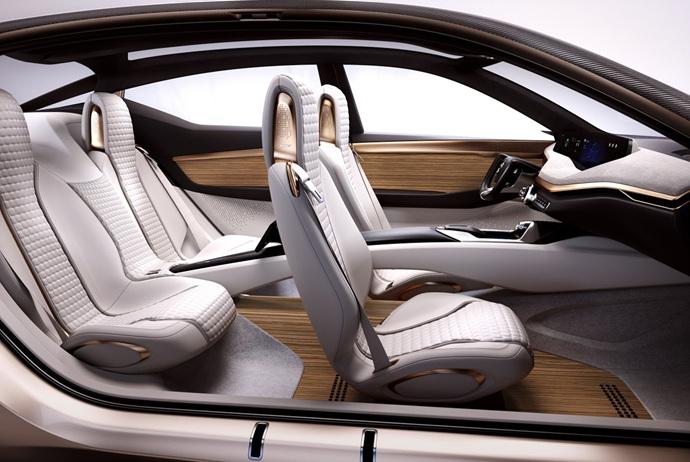 3698692158_qw2HAKG1_Nissan-Vmotion2-Concept-37.jpg