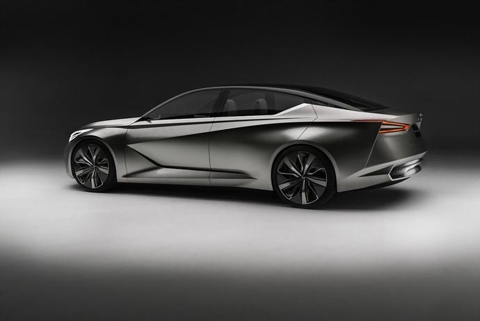 3698692158_reUymJ8C_Nissan-Vmotion2-Concept-33.jpg