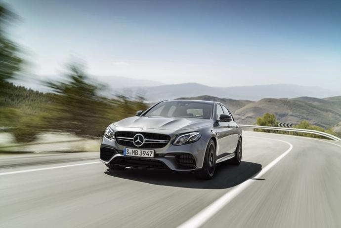 3698692158_uaRDL5xZ_2018-Mercedes-E63-AMG-S-3.jpg