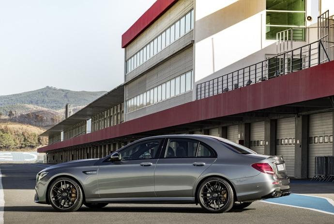 3698692158_wQHOmUib_2018-Mercedes-E63-AMG-S-10.jpg
