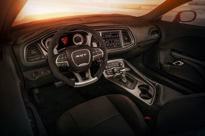 3698692158_xuFSgdrk_2018-Dodge-Challenger-Demon-65.jpg