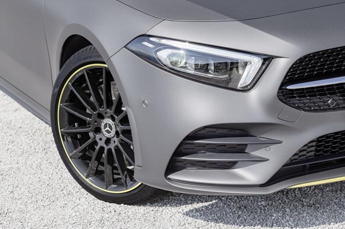 990539897_1LhjbVuX_2019-Mercedes-Benz-A-Class-Hatch-44.jpg