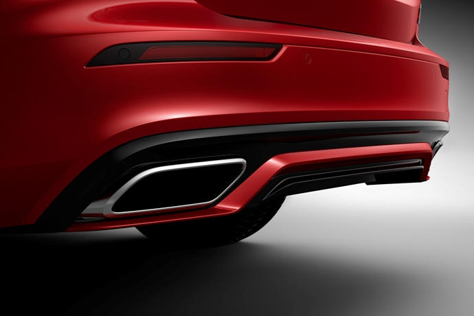 990539897_1xhlKO5U_230897_New_Volvo_S60_R-Design_exterior.jpg