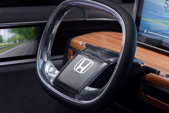990539897_1y2xZndY_113869_Honda_Urban_EV_Concept_unveiled_at_the_Frankfurt_Motor_Show.jpg