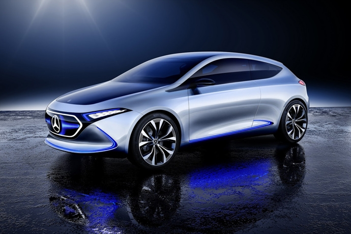 990539897_2gzcL7kO_mercedes-eqa-concept-unveiled-8.jpg