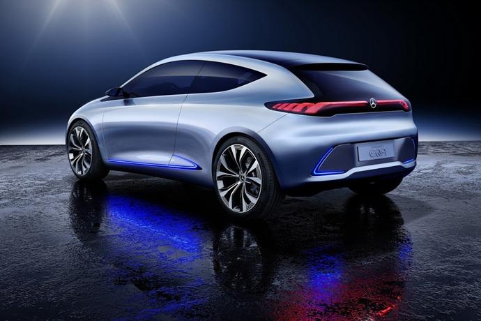 990539897_4wkrRgPW_mercedes-eqa-concept-unveiled-6.jpg