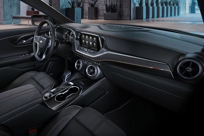 990539897_7HAfsaCo_2019-Chevrolet-Blazer-006.jpg