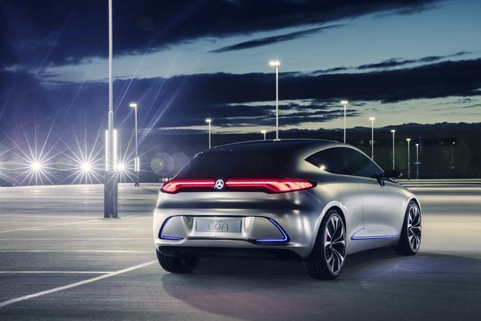 990539897_9GyvKRgu_mercedes-eqa-concept-unveiled-4.jpg
