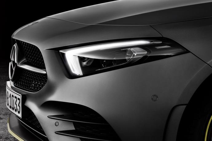990539897_At0ValsG_2019-Mercedes-Benz-A-Class-Hatch-61.jpg
