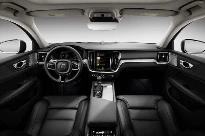 990539897_FXnGDsom_223533_New_Volvo_V60_interior.jpg