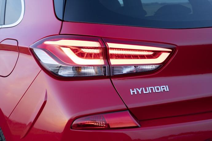 990539897_GObKBWDx_Hyundai_i30_N_Line_19.jpg