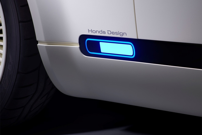 990539897_HS2Rid7f_113863_Honda_Urban_EV_Concept_unveiled_at_the_Frankfurt_Motor_Show.jpg