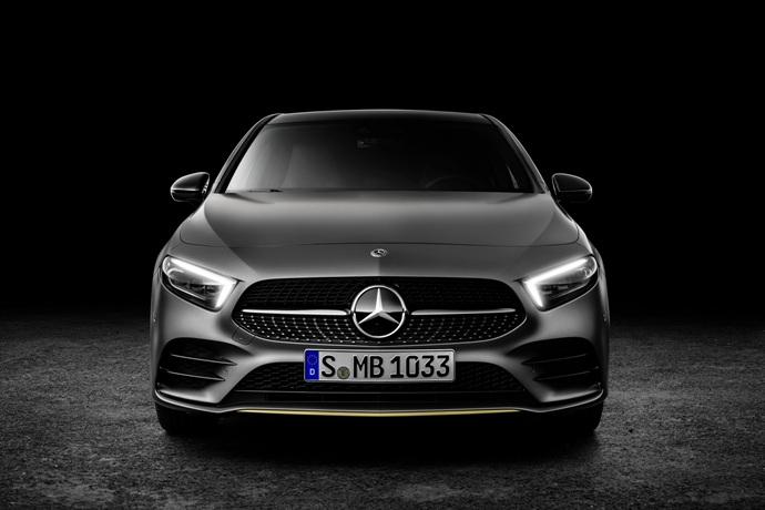 990539897_JDrwEQFX_2019-Mercedes-Benz-A-Class-Hatch-57.jpg