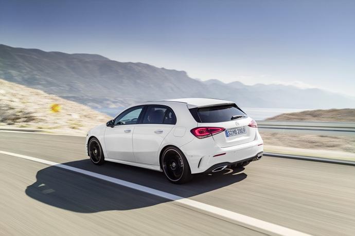 990539897_N1Mk9zcn_2019-Mercedes-Benz-A-Class-Hatch-04.jpg